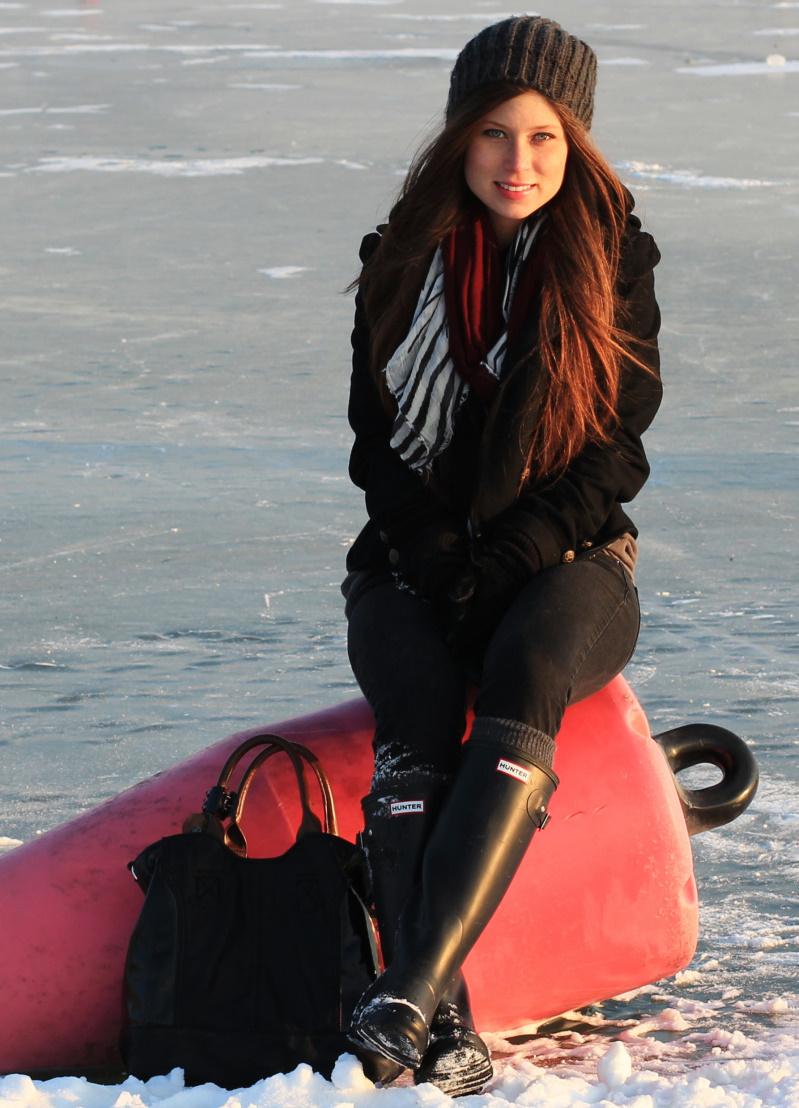 frozen lake 04